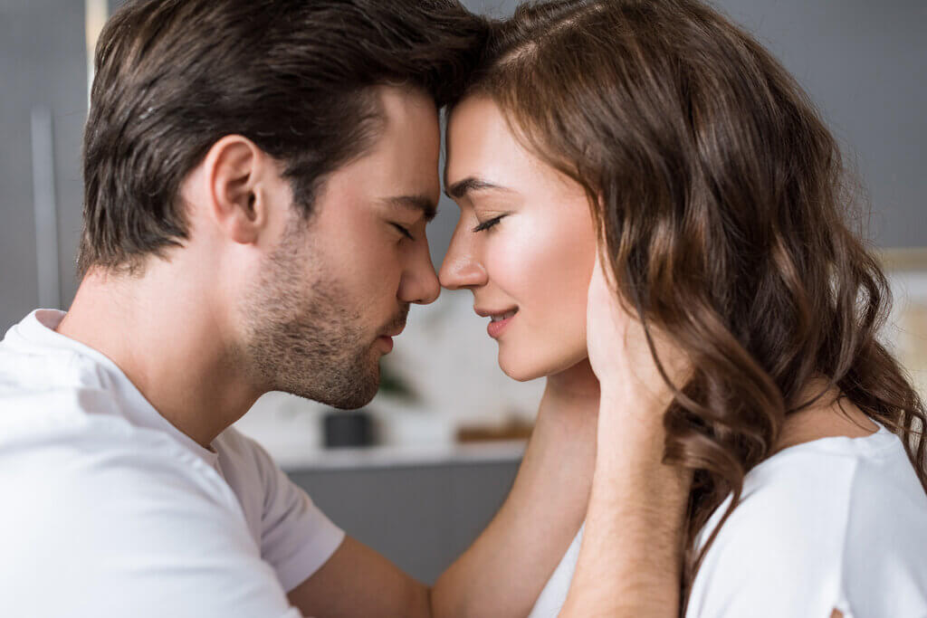 How to Make Your Girlfriend/Wife Trust You – 10 Tips